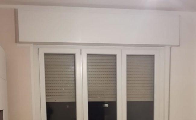 Porta finestra in pvc bianca con cassonetto a saronno for Mdb portas nurith