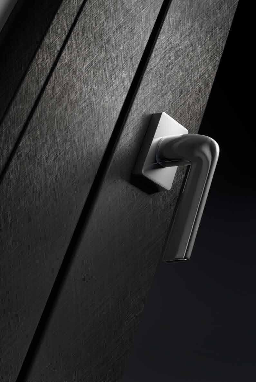 linea serramenti pvc black soul dettaglio maniglia finestra