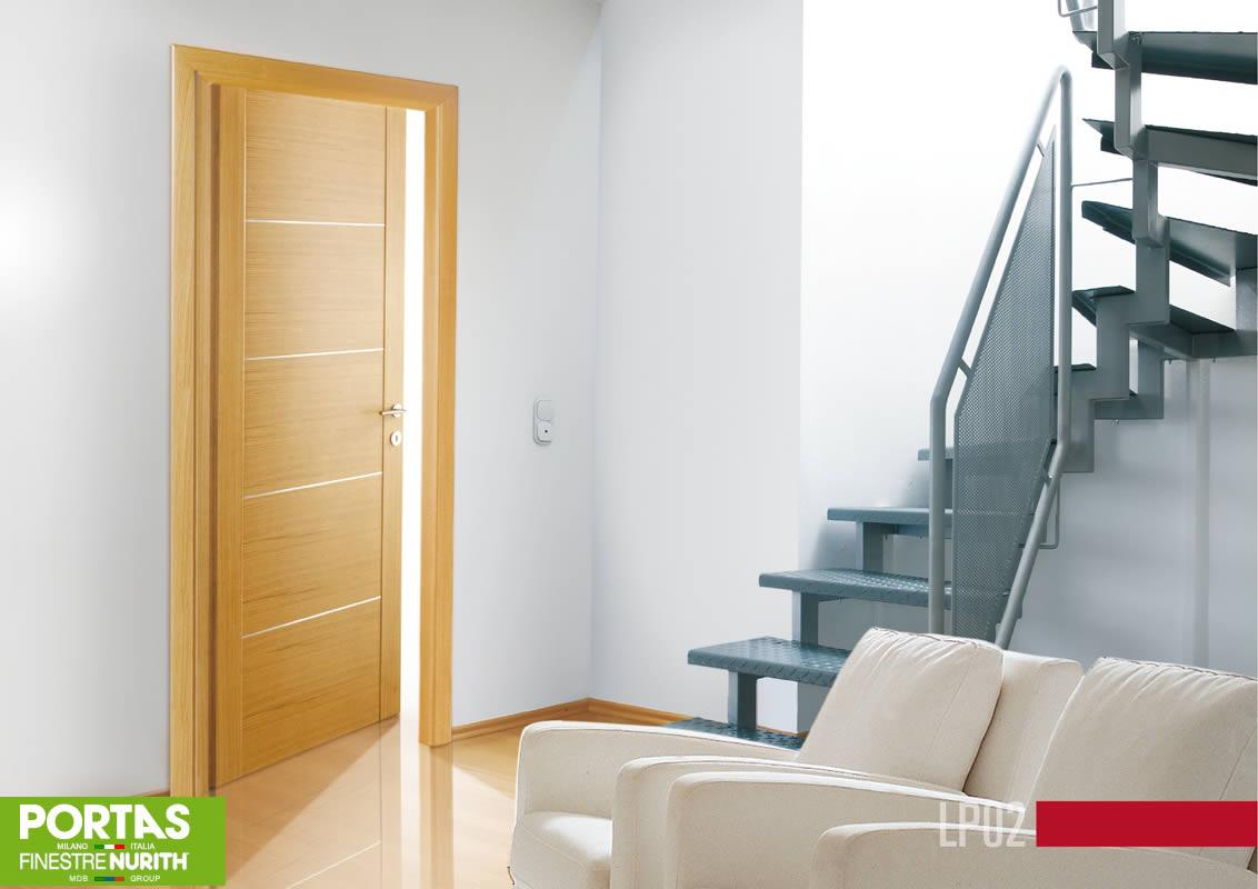 Porte interne in legno in vetro scorrevoli a milano for Mdb portas nurith